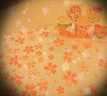 桜紙コップエプロン.jpg